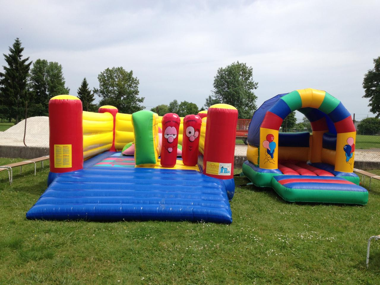 location chateau gonflable kermesse